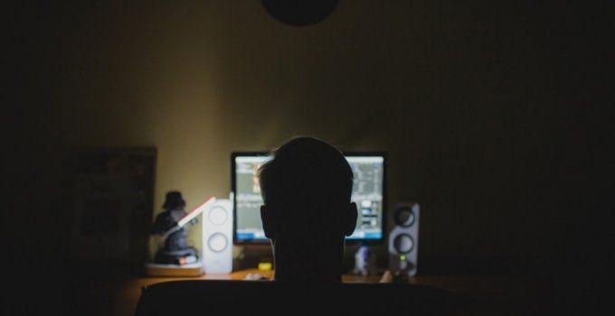 informacion libre vs derechos de autor